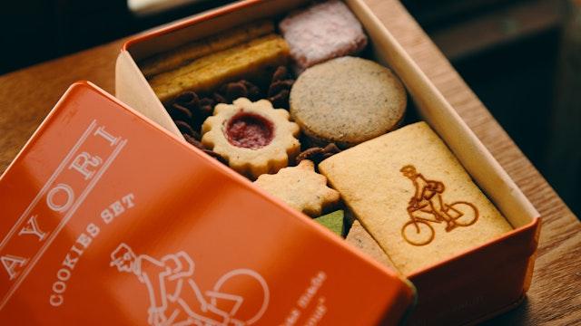 一番人気のオリジナルクッキー缶(¥2,500/税抜)。どれから食べようか迷ってしまう!