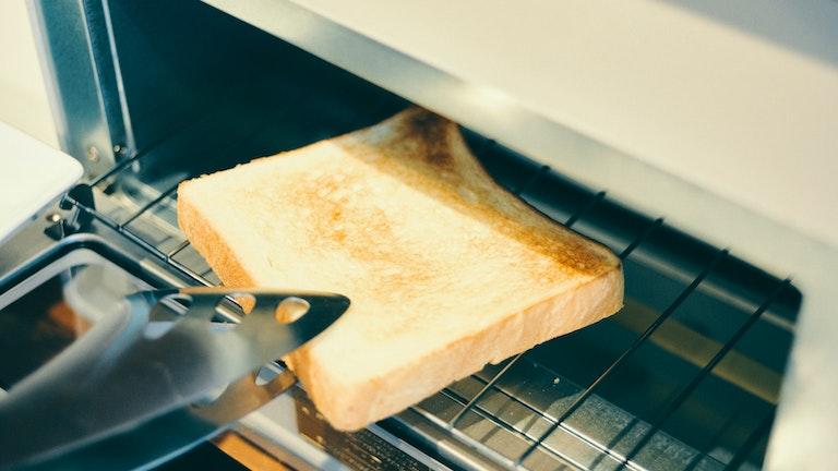 食パンを焼くという一連の動作を通じて、製品の使い心地を体験できる