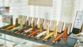 オリジナルの万年筆は、京野菜の名前がつけられていてユーモアたっぷり