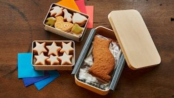鳥の形や、浅草の有名猫がモデルのジンジャークッキーなど、他にも様々なクッキーが揃う