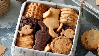 猫や熊、魚など、かわいい形のクッキーは、小さなお子さんへのプレゼントにも喜ばれそう!