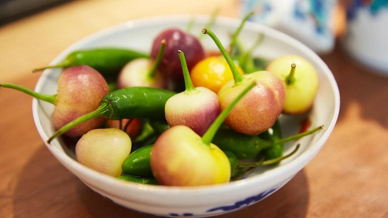 唐辛子の1種である「ピリス」。夜のバータイムにはこうした唐辛子やスパイスとお茶のペアリングも楽しめる