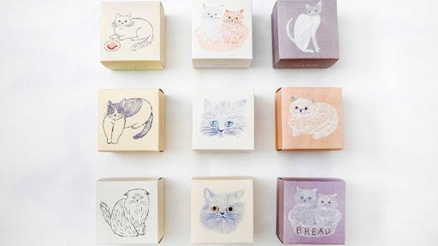 全部集めたくなる9種類のキュートな絵柄。食べた後は小物入れなどに使いたい!