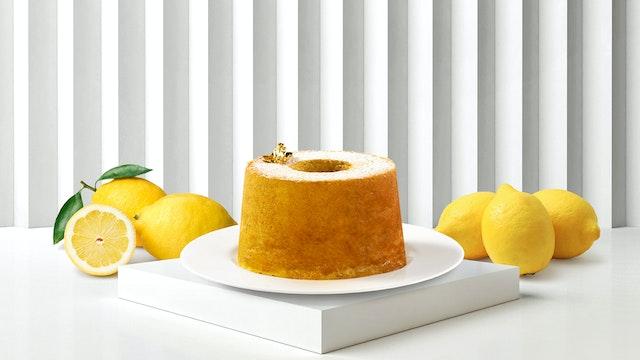 イタリアで定番のお菓子にブルガリならではの新しい解釈を加えた「トルタ・パラディーゾ(¥3,000/税込)」