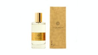 シンプルなボトルにゴールドが印象的〔オードトワレ JUEMON(¥13,200〜16,500/税込)〕