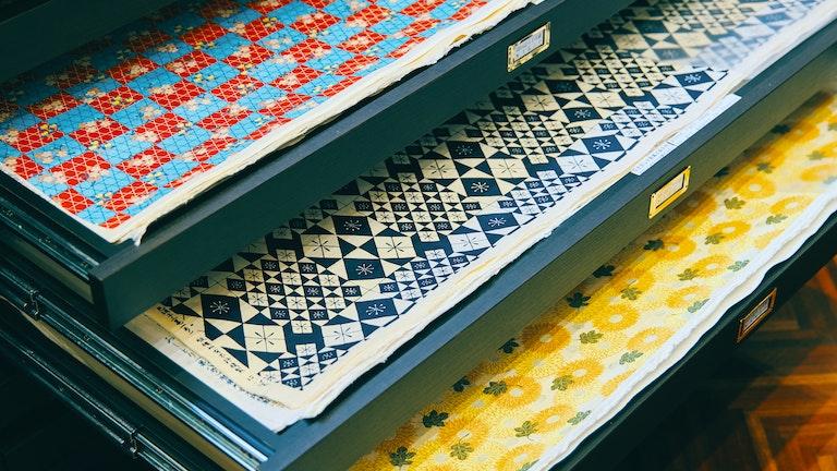 鮮やかな伝統柄の千代紙(¥1,650/税込)