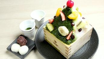 鹿児島発祥の氷菓しろくまをアレンジした「抹茶白くまミルクかき氷(¥1,180/税抜)」