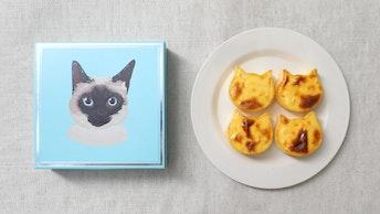 焼き色がまるで猫の模様のよう!ねこ型のバスク風チーズケーキ〔にゃんチー(4個入 ¥ 1,000/税抜)〕