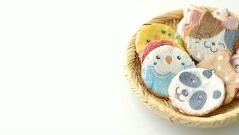 小鳥やパンダ、猫や犬など、表情豊かに描かれたかわいい動物たち