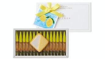 爽やかなレモンの風味が後を引く美味しさ「ラング・ド・シャ・シトロン(15個入 ¥864/税込)」