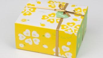 ギフトにもぴったりな、ポップでかわいいパッケージ「ルフル レモンココナッツ(24個入  ¥3,564/税込)」