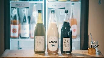 イチゴやメロンなど、コールドプレス製法の果実酒は数十種類以上。抹茶やコーヒーといった変わり種のお酒も